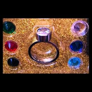 You chose 7 color change rainbow ring